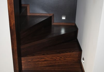 Dębowe schody
