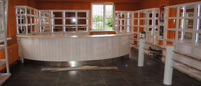 Drewniana zabudowa sklepu